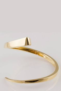 Hermès Bangle in silver, please.