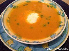 As Delícias das Guerreiras: Sopa de tomate com ovo escalfado