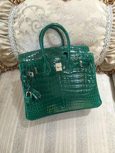 Sacs de Créateur - Hermes Birkin 25CM Crocodile Shiny Niloticus Lisse Silver Palladium Hardware 6Q R Engraved Stamp, Emerald Green Vert Fonce, $95,999.00 (http://www.sacsdecreateur.com/hermes-birkin-25cm-crocodile-shiny-niloticus-lisse-silver-palladium-hardware-6q-r-engraved-stamp-emerald-green-vert-fonce/)