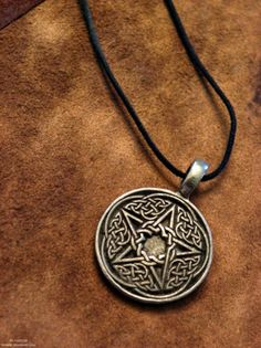 Pagan pentagram pentacle Witch Witchcraft