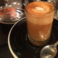 Wakey Wakey.  #coffee #coffeeporn #coffeetime #coffeelover #caffeine #caffeinefix #caffeineaddict #cortado #coffeephotography #coffeepics #dineandflash #coffeeaddict #coffeeart #coffeehouse #cafe #coffeegram #instacoffee #foodporn #foodpornshare #foodphotography by dineandflash