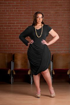 Plus Size Model Laila Monet , Little Black dress by Shavonne Dorsey Curvy Fashion, Plus Size Fashion, Girl Fashion, Fashion Outfits, Figure Flattering Dresses, Beautiful Dresses For Women, Chicago Fashion, Curvy Dress, Full Figured Women