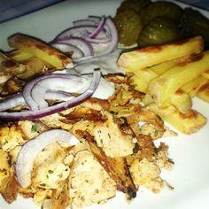 Gyros mit ohne fleisch :) Greek Gyros #vegan #vegetarian #glutenfree #challenge #Gyros #tzaziki