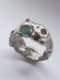 18ct white gold with emerald and diamonds by Kelvin J Birk