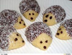 Ježečci z máslového těsta - My site Biscuit, Clem, Marshmallows, Christmas Cookies, Doughnuts, Sweet Recipes, Cookie Recipes, Sweet Treats, Good Food