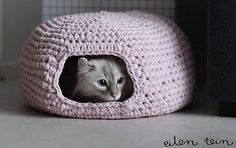 You are going to love this Crochet Cat Cave Free Pattern and it's just one of many awesome ideas in our post. Check out all the versions now. Knitting For BeginnersKnitting HumorCrochet PatternsCrochet Stitches Blog Crochet, Crochet Gratis, Crochet Basics, Free Crochet, Knit Crochet, Crochet Cocoon, Crochet Turtle, Flower Crochet, Crochet Jacket
