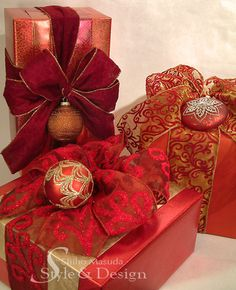 Beautiful gift wrapping for the host gifts...(Red Holiday Gift Wrapping by Shiho the Craft Guru, via Flickr)