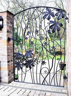 Metal garden gates – wrought iron garden gates or modern designs?