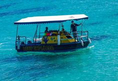 AIP Airport Transfers and Tour BookingsReef Explorer - Vanautu - Port Vila - Airport Transfer - Tour Bookings Holiday Places, Vanuatu, Getting Wet, Beautiful Scenery, Snorkeling, My Dream, Cruise, To Go, Boat