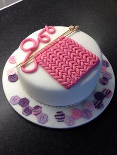 'Knitted' sugar paste / fondant! Knitting cake. Fondant knitting. Fondant patchwork and buttons.