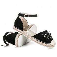 Dámské sandále Marquiz Pemara černé – černá Něžné sandálky vám zpříjemní úplně každý den. Vaše noha nebude klouzat, ale pevně ji zachytí řemínek. Svršek byt je vyroben s krystalky ve tvaru květiny. Boty jsou vyrobeny … Ladies Sandals, Espadrilles, Shoes, Fashion, Eye Circles, Sandals, Espadrilles Outfit, Moda, Zapatos