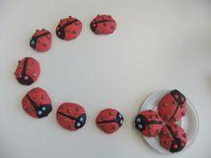 Marienkäfer Amerikaner 3rd Birthday, Clock, Create, Decor, Children Birthday Party Ideas, Tips, Birthdays, Bakken, 3 Year Olds