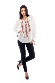 Gorgeous embroidered blouse! #romanianblouse Bell Sleeves, Bell Sleeve Top, Embroidered Blouse, Style Inspiration, Embroidery, Long Sleeve, Collection, Tops, Women