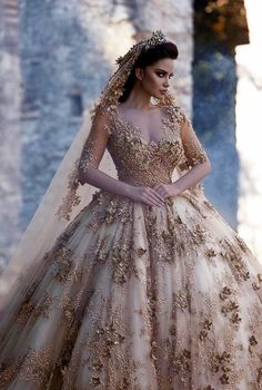 Here Are More than 40 Wedding Gowns in Different Colours Ideas. 15 Dresses, Elegant Dresses, Pretty Dresses, Bridal Dresses, Dream Wedding Dresses, Wedding Gowns, Quinceanera Dresses, The Dress, Dress Skirt