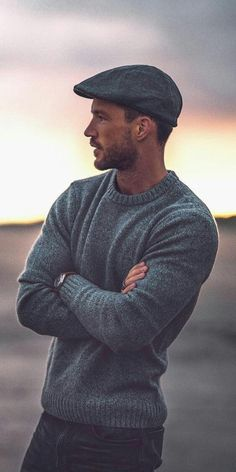 You'll Want To Copy These Cool Winter Outfits - Looking for some amazing winter outfits? Then you are going to love these 5 insanely cool winter outfits I've curated for you today. You'll Want To Copy These Cool Winter Outfits Winter Outfit Herren, Herren Outfit, Mens Fashion Blog, Fashion Trends, Fashion Photo, Man Fashion, Mens Fashion Outfits, Mens Sweater Outfits, Trendy Mens Fashion