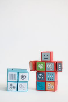 DIY Wood Robot Cube Friends | Contributed by Little Monster