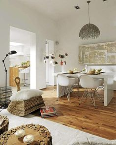 clever use of space/dining in