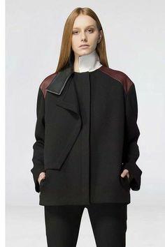 Leather shoulder coat - Luis Buchinho at runway2street