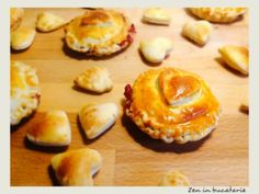 Minitarte cu zmeura Deserts, Muffin, Pie, Cooking, Breakfast, Food, Torte, Kitchen, Morning Coffee