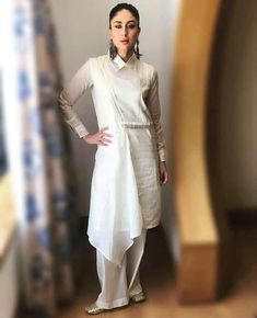 Kareena Kappor Khan wearing full sleeve white Kurti Latest Kurti Design INDIAN BEAUTY SAREE PHOTO GALLERY  | I.PINIMG.COM  #EDUCRATSWEB 2020-07-02 i.pinimg.com https://i.pinimg.com/236x/92/38/05/9238057af43e07083d59a27ebc1b2b8f.jpg