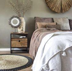 Bedroom Inspo, Bedroom Colors, Bedroom Decor, Cozy Bedroom, Ikea Sofa, Spare Room, New Room, Room Inspiration, Master Bedroom