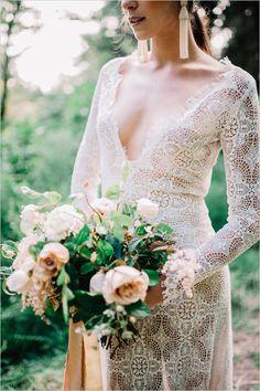 Lace wedding dress - Photographers: Aimi Duong | Fashion: Emily Riggs Bridal | Flowers: Soil & Stem