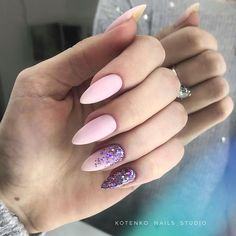 Nail art Christmas - the festive spirit on the nails. Over 70 creative ideas and tutorials - My Nails Pretty Nails, Fun Nails, Glitter Nails, City Nails, Pretty Nail Designs, Manicure E Pedicure, Classy Nails, Purple Nails, Nagel Gel