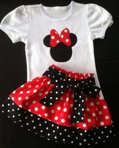 Minnie Mouse Skirt and shirt set (Available in pink - Kinder Ideen Sewing For Kids, Baby Sewing, Fashion Kids, Fashion Design, Toddler Dress, Baby Dress, Baby Outfits, Kids Outfits, Minnie Mouse Skirt