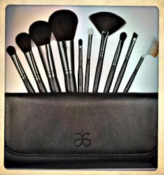 I have mine...do you? Every beauty mavens must have! 10-Piece professional brush kit with everything you need to apply your makeup flawlessly.