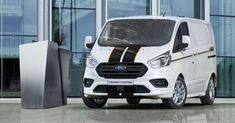 Ford Nuovo Transit Custom a Chieti Vasto D'anniballe & D'ercole Tenerife, Ford Transit Custom, Ford Fusion, Ford Explorer, Car Insurance, Ford Trucks, History, Vehicles, Sport