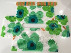 Marimekko-style tissue box cover perler beads by k-chippy Perler Beads, Fuse Beads, Pearler Bead Patterns, Perler Patterns, Bead Crafts, Diy Crafts, Kleenex Box, Beaded Boxes, Iron Beads