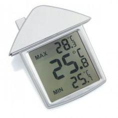 Okenski termometer, ki se prilepi na okno s pomočjo čepka in kaže naslednje vrednosti: - Maksimalno temperaturo, - Minimalno temperaturo, - Trenutno temperaturo