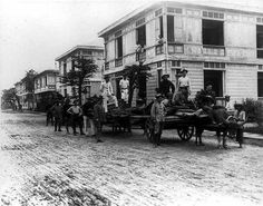 Old Philippines :-) Philippines Culture, Filipiniana, Picts, Vintage Pictures, Vintage Photographs, Manila, Filipino, Nostalgia, Street View