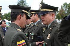 Felicitamos a @william_campino por el reconocimiento de ayer hecho por la @PoliciaDeColombia a su labor dentro de la institución y con la comunidad caucana #CaucanoDeCorazón