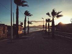 Stormy Morning | Can Picafort  #latergram #mallorca2017 #travel #travelling #travelgram #traveltheworld #streetphotography #streetlife #vsco #vscocam #vscodaily #wanderlust #moinpg #city #citylife #citylights #diewocheaufinstagram #igtravel #beach #beachwaves #cloudporn #glorymorning #earlybird #sunset_madness #sunset