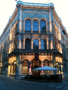 Vienna: Cafe Central -- one of my favorites