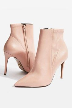 Hoochie leather boots, heel height is approximately Upper Leather Cow, Synthetic. Heeled Boots, Shoe Boots, Ankle Boots, Shoe Bag, Nude Shoes, Shoes Heels, Cute Winter Outfits, Fall Outfits, Designer Boots