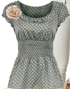 Adorable! Cute Shirts, Style Me, Vintage Outfits, Pin Up, Cool Outfits, Creations, Fashion Dresses, Polka Dots, Tunic Tops