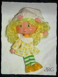 *free ship *free photons! Vintage Strawberry Shortcake Lemon Meringue Doll *Free Shipping