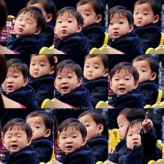 Daehan x Minguk Song Il Gook, Superman Kids, Song Daehan, Song Triplets, Korean Babies, Little Darlings, My Children, My Boys, Cute Kids