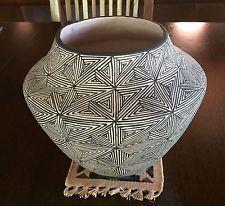 Virgie (Virginia) Garcia~ LARGE Native American Indian Acoma Pueblo Pottery