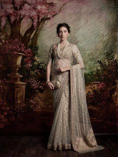 Indian Fashion - Sabyasachi Mukherjee (Spring/Summer 2016)