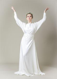 Brautkleid by Ella Deck Couture One Shoulder Wedding Dress, High Fashion, Wedding Dresses, Deck, Haute Couture, Getting Married, Hamburg, Bridal Gown, Gowns