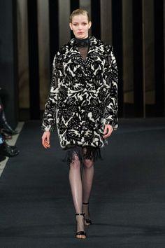 J. Mendel at New York Fashion Week Fall 2015 - Runway Photos