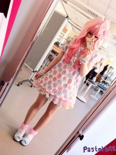 goblinqween: pastelbat: Simple fairy kei today ( ´ ▽ ` )ノ i need one of those drop dead tunics