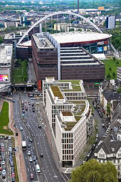 Blick auf die Lanxess-Arena im Stadtteil Köln-Deutz >> Beyonce Concert! Cologne LanXess Arena, Cologne, Germany