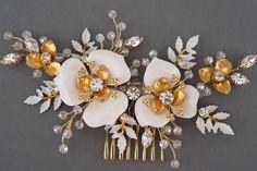 Bridal hair comb Bridal comb Pearl hair comb Gold Wedding Hair