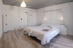 Comodoos Interiores -Tu blog de Decoracion-: Uh Hostel Madrid....alojamiento para bolsillos low cost