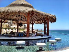 Capella Pedregal, Cabo