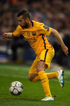Jordi Alba Photos - Granada CF v FC Barcelona - La Liga - Zimbio